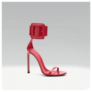 Sandali con maxi fibbia e tacco a spillo Gucci